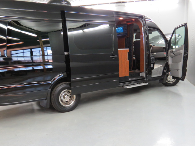 Custom wheels for sprinter 3500 2013 autos post for Custom mercedes benz sprinter